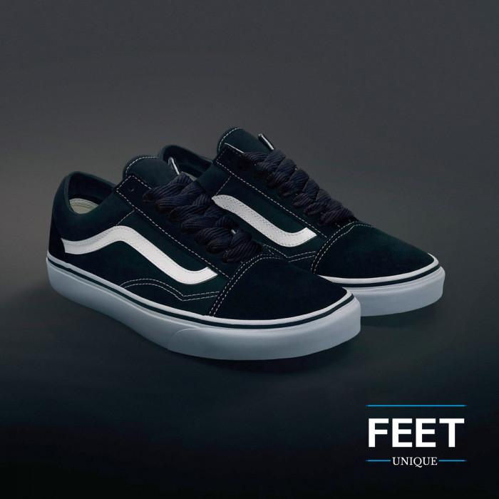 Sorte sneakers snørebånd