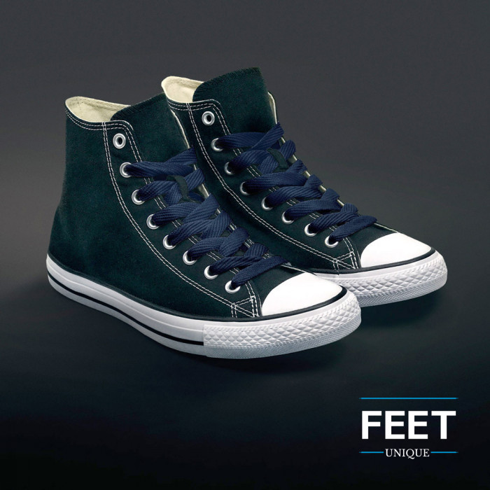 Navyblå sneakers snørebånd